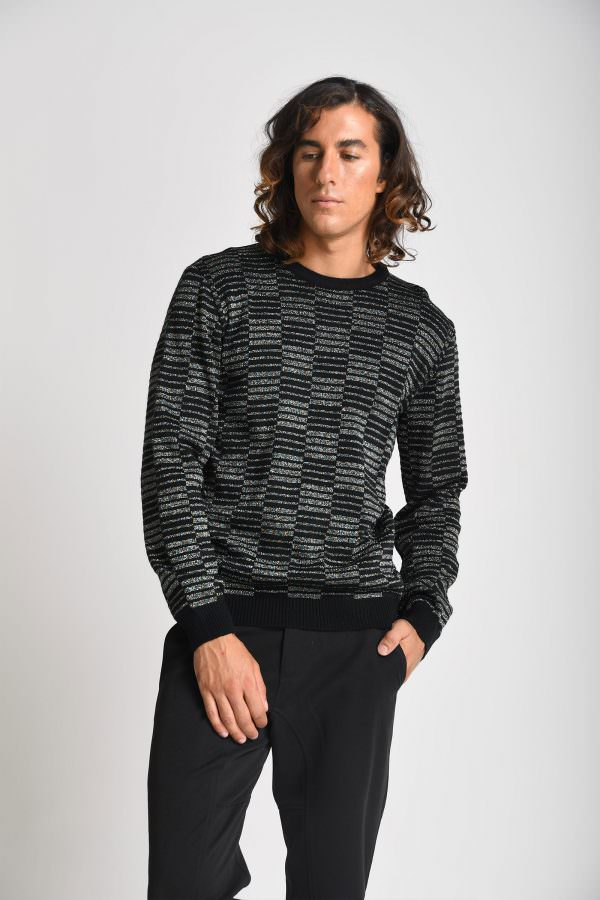 sweater smael