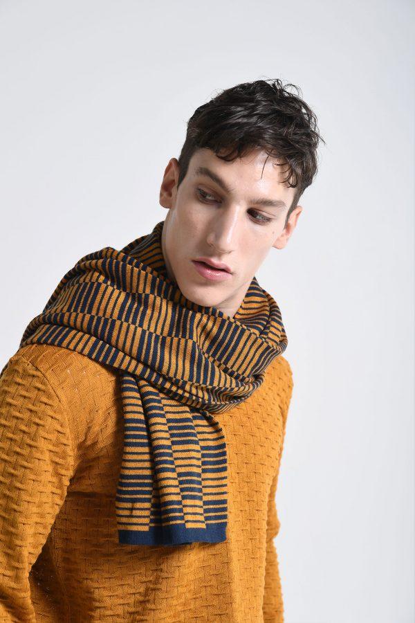 scarf sinclair